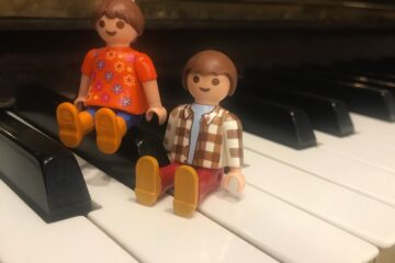 playmobil al piano